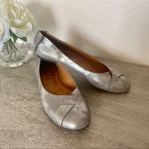 BC Born In California Pewter Metallic Flats